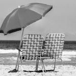 Opiniestuk Jan Latten in De Telegraaf | 'Kan de politiek wel met vakantie?'